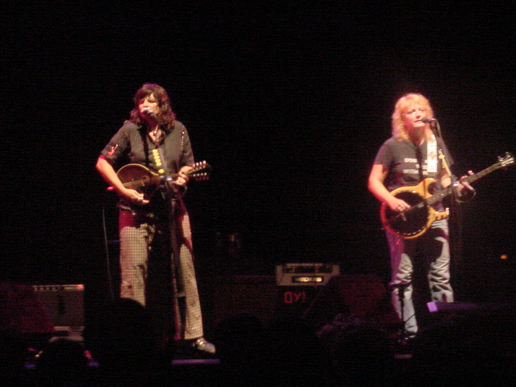 The Indigo Girls at Wolf Trap, Vienna Va, 7/19/06